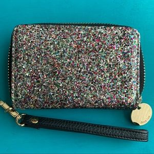 Deux lux sparkle wristlet, excellent condition!